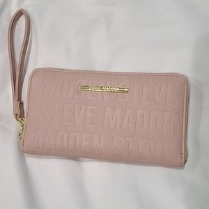Used twice Steve Madden